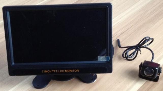 接続簡単7インチオンダッシュモニター&バックカメラセット